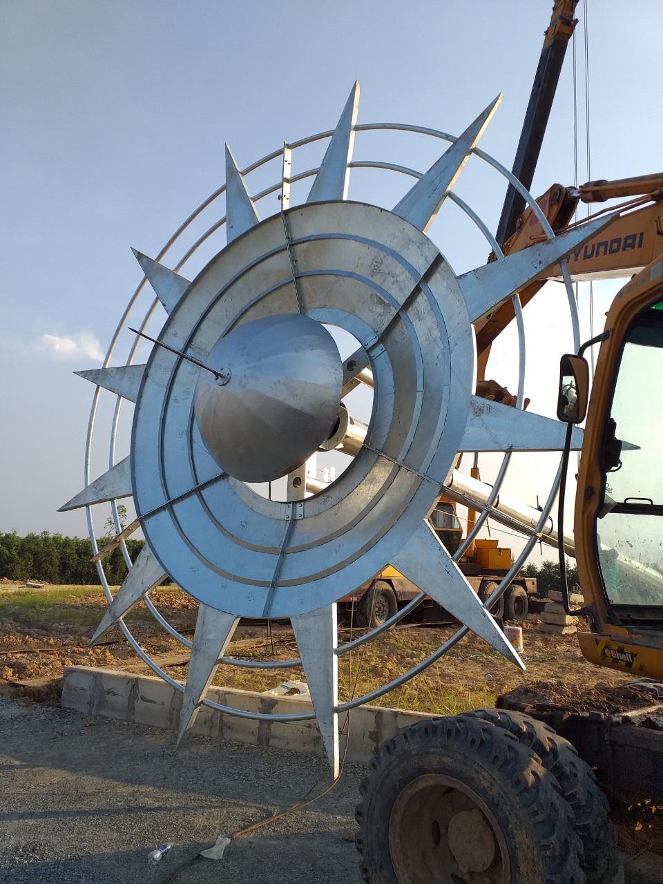 Kỹ thuật Đại Thắng hỗ trợ khách hàng lắp dựng trụ 30m tại Long An